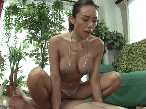 杭打ち騎乗位で膣内マッサージする藤本紫媛